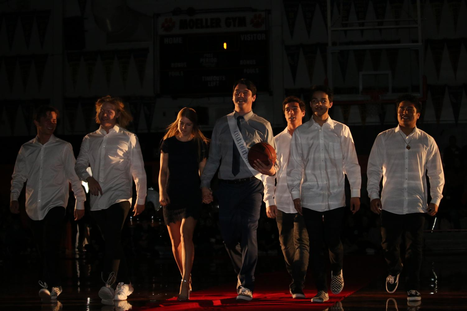 Jackson+Esparza%2C+Casaba+King+nominee%2C+walks+the+red+carpet+with+girlfriend+and+friends.+