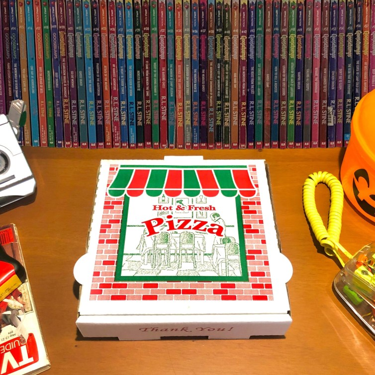 Pizza and Goosebump books: a winning 90's sleepover!