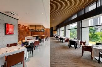 In Between之間餐廳悠閒舒適的用餐空間