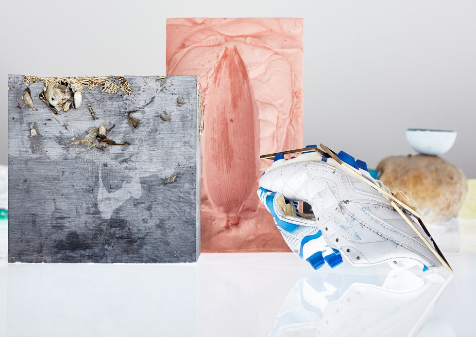 Adrián Villar Rojas, Installation view Fantasma, Moderna Museet, 2015 © Adrián Villar Rojas. Courtesy the artist; kurimanzutto, Mexico City; Marian Goodman Gallery, London, Paris and New York. Photo: Jörg Baumann