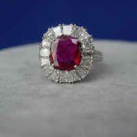 Exceptional Art Deco No-Heat Burma Ruby Diamond Platinum Ring