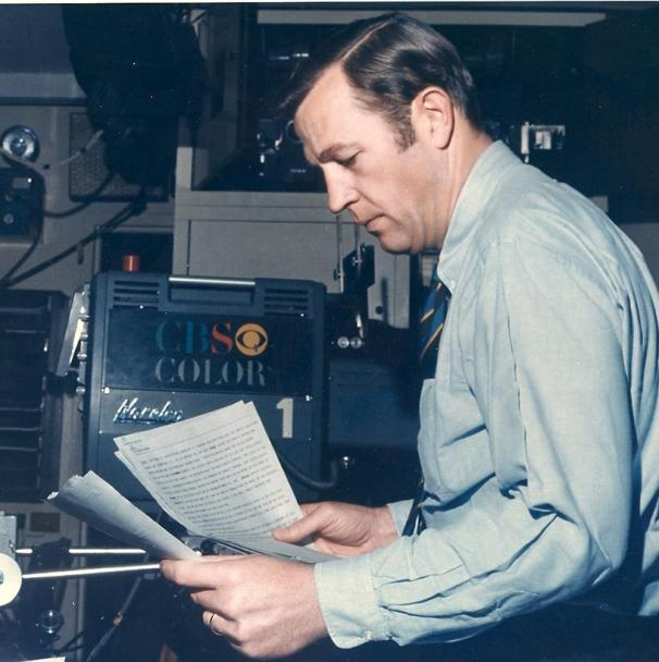 Roger Mudd prepping for a weekend edition of the CBS Evening News at the Broadcast Center's Studio 33