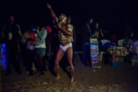 A Fela Anikulapo Impersonator at Kuramo Beach. Photo by Adolphus Opara