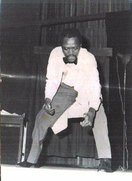 Styles in Sizwe Banzi is dead (1967)- Courtesy: Jimi Solanke
