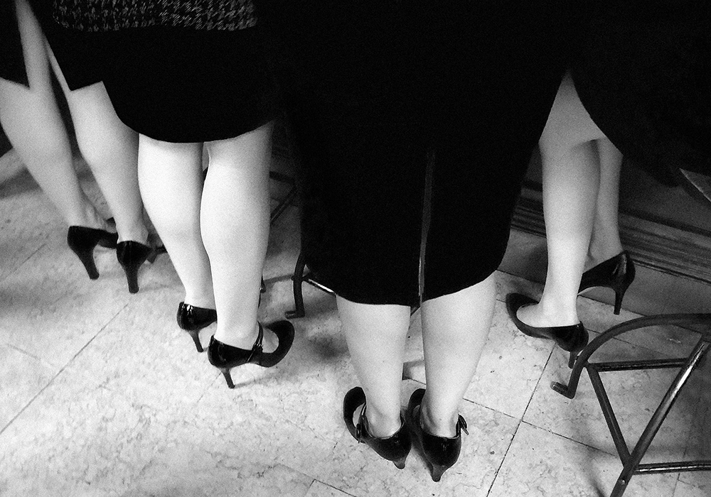 Isabella Sommati Women in their black shoes, 2015