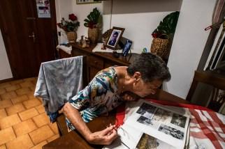 Vittoria, 81 anni, la sarta del paese