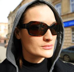 sunglasses-woman-sm
