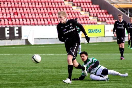 August Wiklund och Simon Glännestrand gjorde varsitt mål mot Spårvägen. Blir det fler i kväll. Fotot av Peter Fardelin är taget då laget mötte Väserås SK.