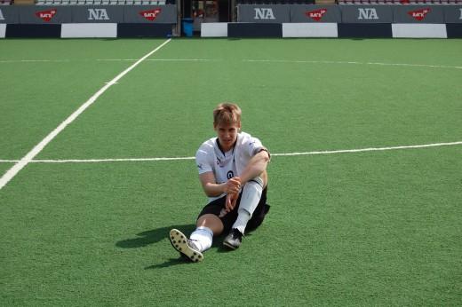 Daniel Björnquist som lagkapten för ÖSKs talanglag år 2010.