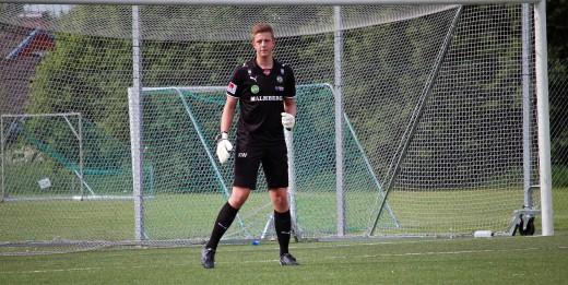 Kalle Westdahl har skrivit kontrakt med ÖSK.