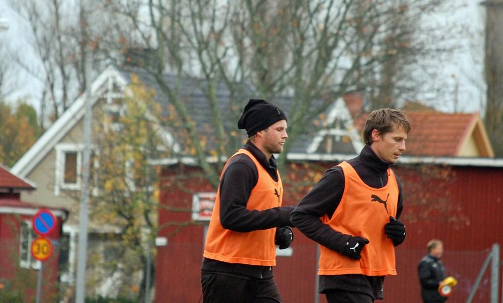 Ombytta roller. Patrik Anttonen och Christoffer Wiktorsson har bytt både klubb och position med varandra.