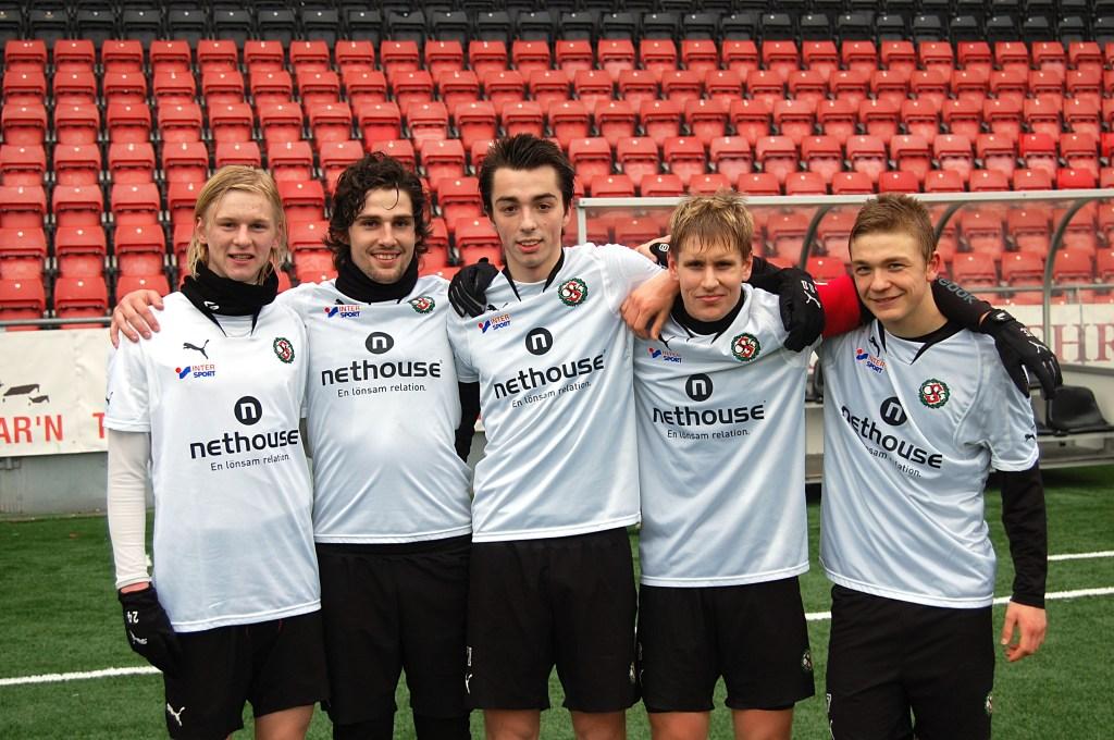 Fedja och Anel tillsammans med Kale Holmberg, Daniel Björnqvist och Adam Eriksson (GAIS). Alla fem var målgörare i en träningsmatch mot Arboga Södra i mars 2011.