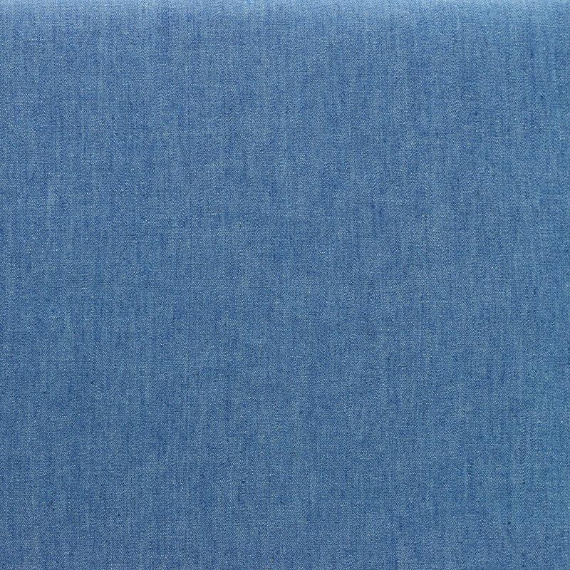 Tissu chambray de coton uni bleu Clair © Eyrelles Tissus