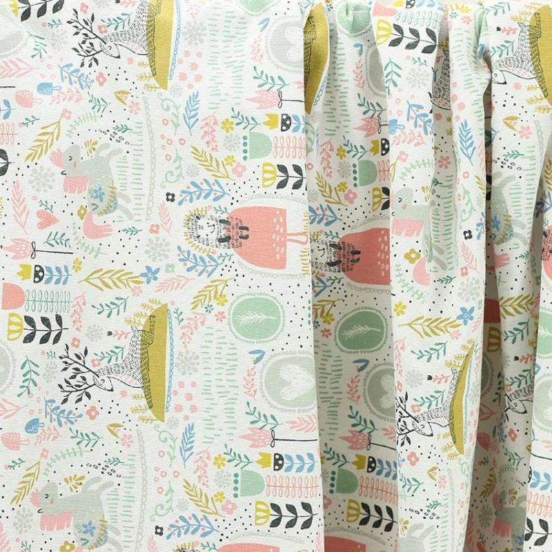 """Toile imprimée motif """"Wendy"""" © Eyrelles Tissus"""