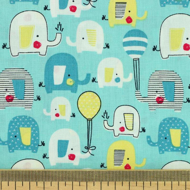 Popeline tissu imprimé coton oeko tex éléphant vert d'eau © Eyrelles tissus