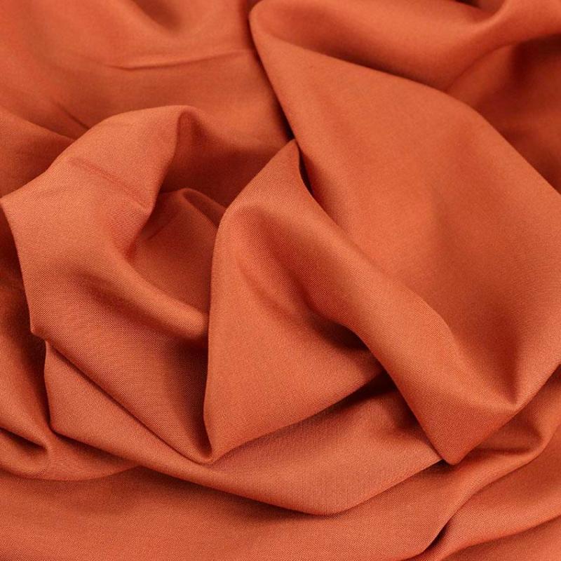 """Tissu viscose uni """"Brique"""" © Eyrelles Tissus"""