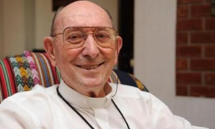 Fallece en Perú el barakaldés José Ramón Gurruchaga, obispo salesiano.