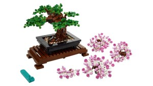 LEGO's New Botanical Collection Includes the First Bonsai Tree I Can't Kill