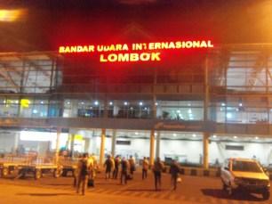 Bandar Udara Internasional Lombok Praya. Internasional?