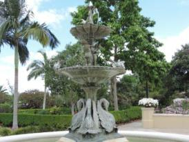 swan_fountain_art
