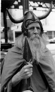 Moondog_dressed_as_Odin
