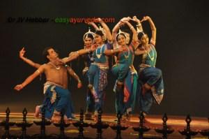 Virasat dance pose 0