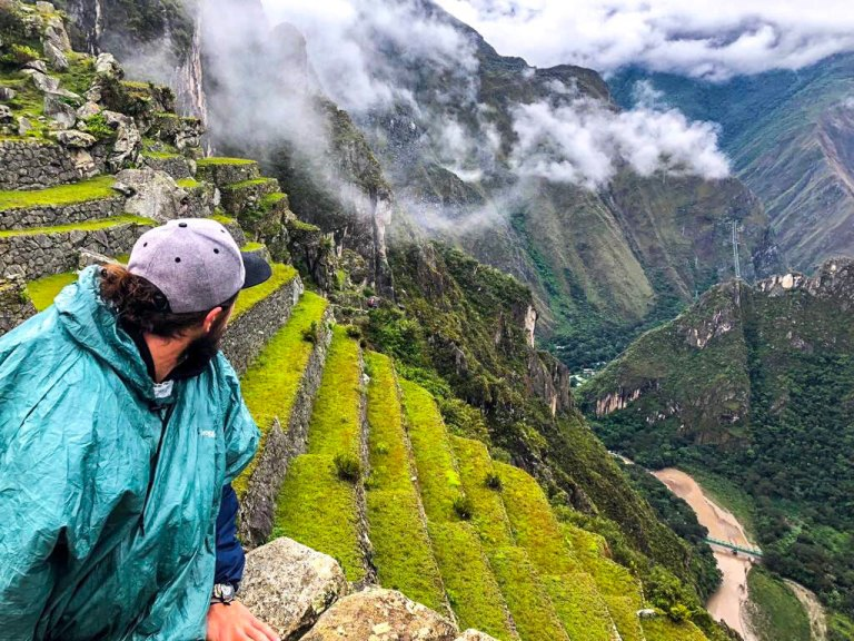 How to take the perfect selfie at Machu Picchu (Guide)