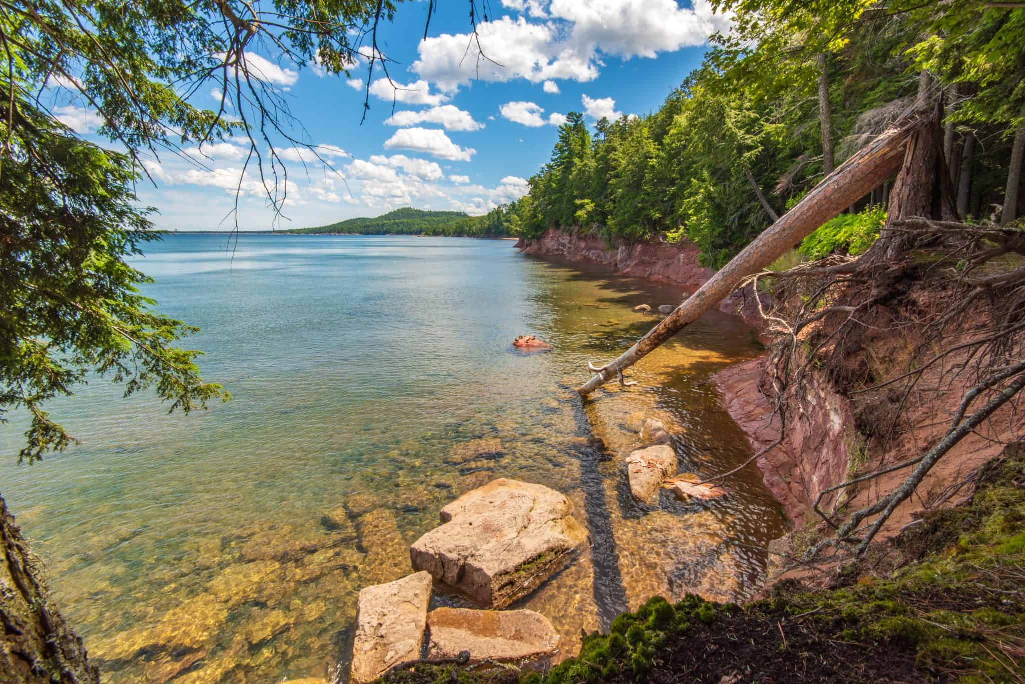 Michigan Hikes to not MISS NOW: Wetmore Shoreline Trail