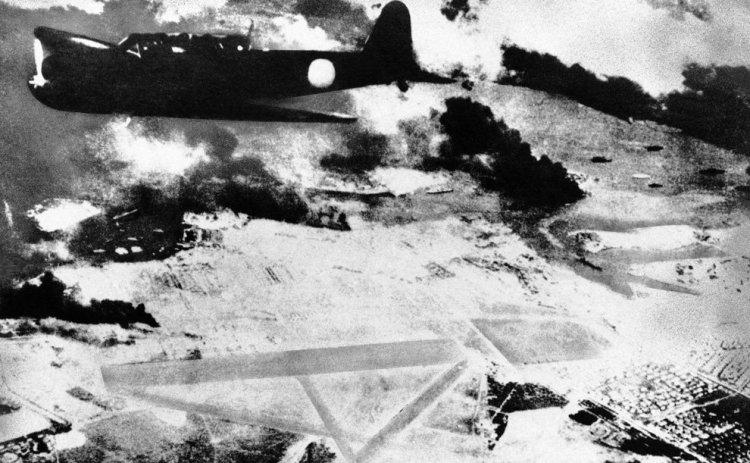 Нападение на Перл Харбор самолеты Зеро в небе