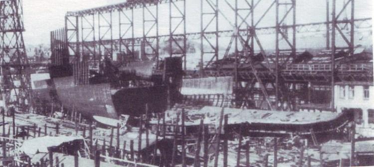 Крейсер Зейдлитс в стадии строительства