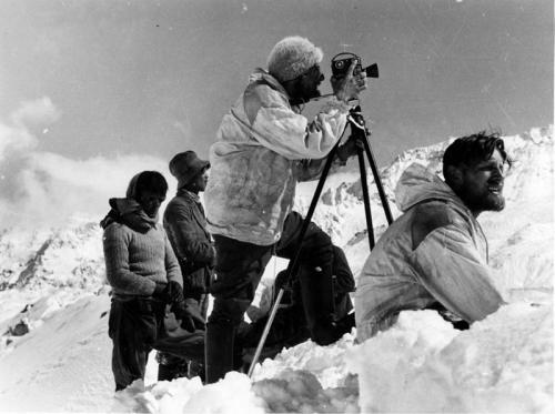 Tibetexpedition, Krause beim Filmen