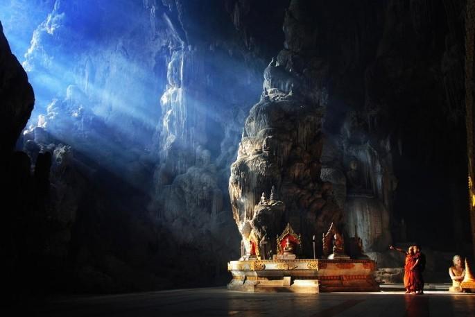 пещеры Тибета темный ретрит