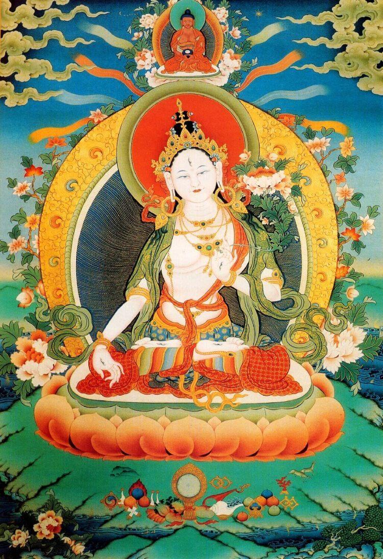 """Белая Тара - это богиня, избавляющая от всех опасностей и дарующая долгую жизнь. Имя """"Тара"""" обозначает """"Спасительница""""."""