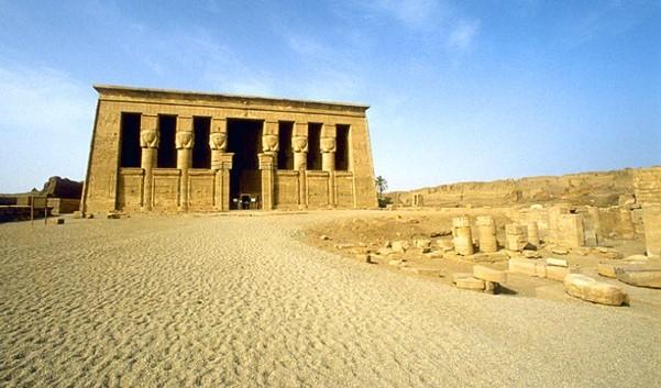 Храм богини Хатхор в Дендер