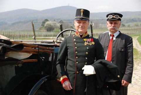 Альфред Редль (нем. Alfred Redl; 14 марта 1864 — 25 мая 1913) — австрийский офицер контрразведки,