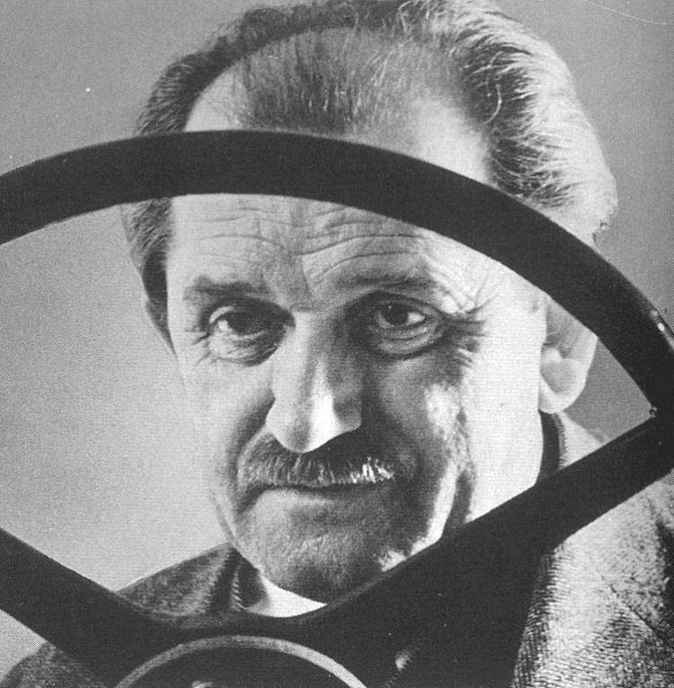 Фердинанд Порше создатель дорогих автомобилей и танков