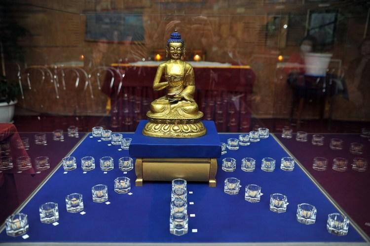 будда и реликвии