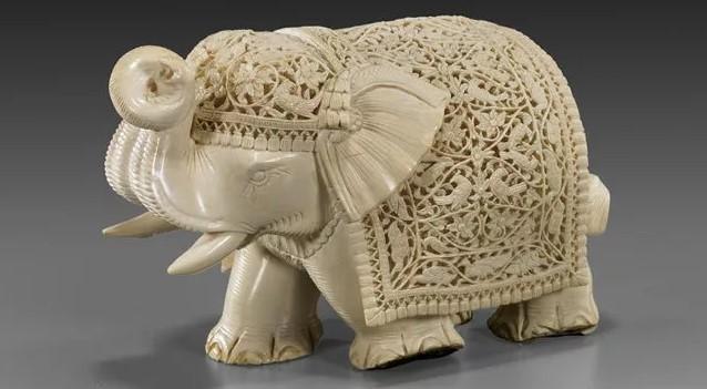 Слоновая Кость слоник