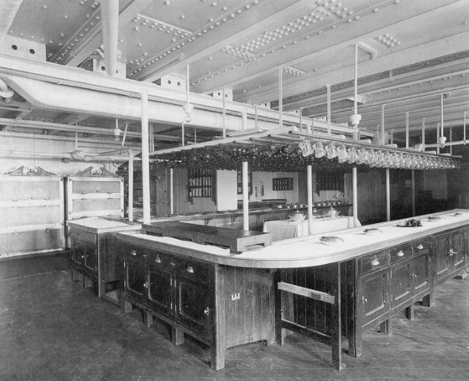 кухня Титаника