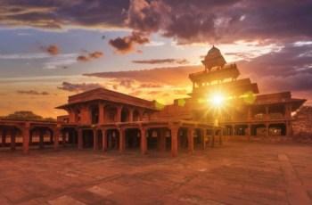Фатехпур-Сикри. Тайны Заброшенного Города в Индии