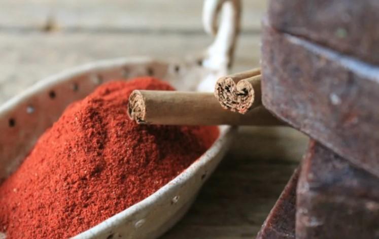 Красный сандал -  источник эфирных масел и мощный антисептик
