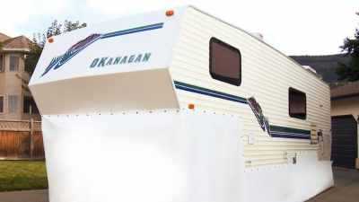 RZ Snap RV Skirting on Fifth Wheel