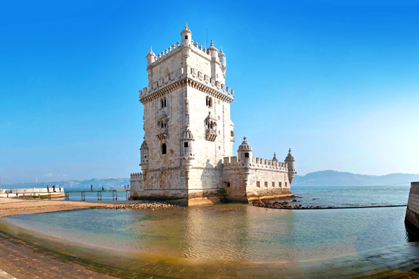 %e8%91%a1%e8%90%84%e7%89%99tower-of-belem-lisbon-portugal-shutterstock_52505710
