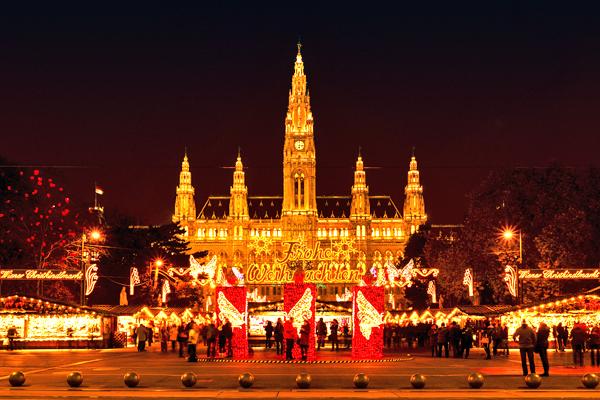 vienna-christmas-market-shutterstock_260359628