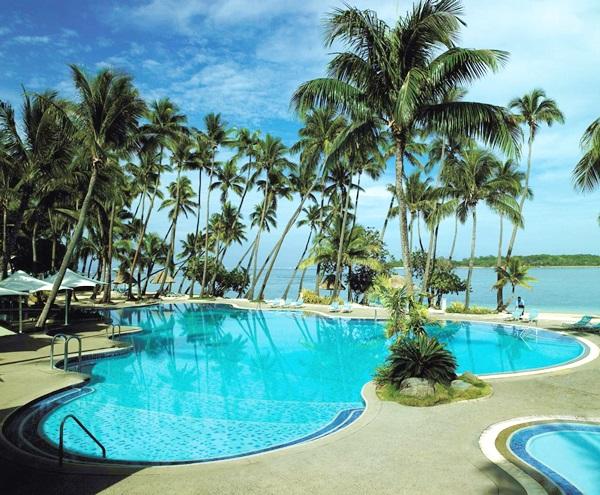 n12c025h-lagoon-pool-1