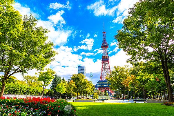 札幌大通公園shutterstock_484052797