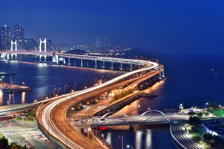 busan-night-scene-1747130_1920