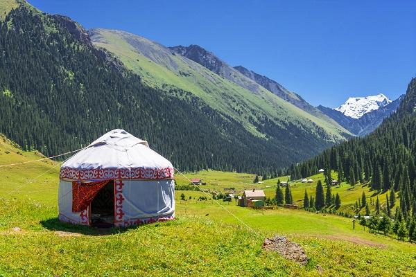 shutterstock_488841970_Kyrgyzstan