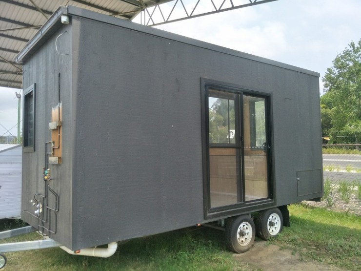 Transportable-Modular-Tiny-House-Entrance-on-wheels-Central-Coast-Newcastle-Lake-Macquarie-for-sale-Property-Investment