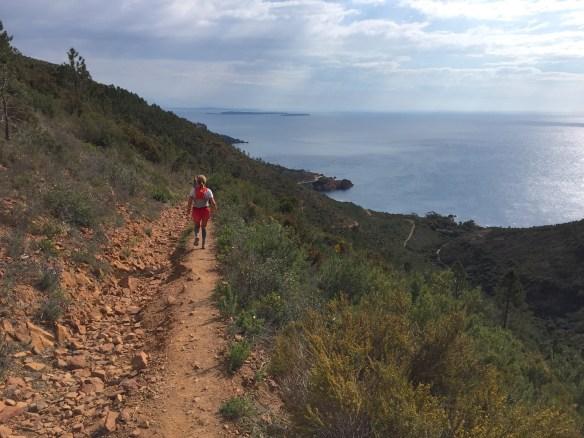 TBA, des sentiers qui surplombent la méditerranée